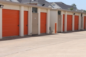 Image of Public Storage - Conroe - 1450 I 45 South Facility on 1450 I 45 South  in Conroe, TX - View 2