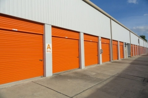 Image of Public Storage - San Antonio - 1938 NE Loop 410 Facility on 1938 NE Loop 410  in San Antonio, TX - View 2