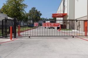 Public Storage - Austin - 1800 S Lamar Blvd - Photo 4