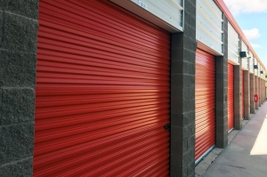 Public Storage - Humble - 8717 N Sam Houston Pkwy E - Photo 2
