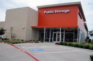 Image of Public Storage - Dallas - 10410 E Northwest Highway Facility at 10410 E Northwest Highway  Dallas, TX