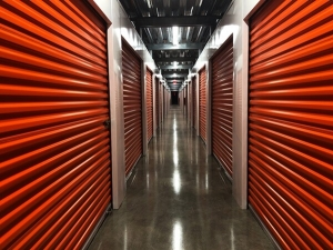 Image of Public Storage - Webster - 20602 Gulf Freeway Facility on 20602 Gulf Freeway  in Webster, TX - View 2