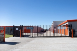 Image of Public Storage - Dickinson - 5600 FM 646 Rd W Facility on 5600 FM 646 Rd W  in Dickinson, TX - View 4