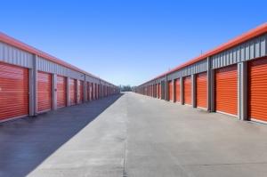 Image of Public Storage - La Marque - 5009 FM 1764 Rd Facility on 5009 FM 1764 Rd  in La Marque, TX - View 2