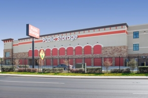 Image of Public Storage - Austin - 2401 E Ben White Blvd Facility at 2401 E Ben White Blvd  Austin, TX