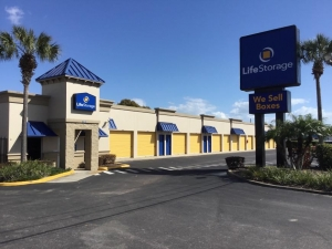 Image of Life Storage - St. Petersburg - 4495 49th Street North Facility on 4495 49th Street North  in St. Petersburg, FL - View 3