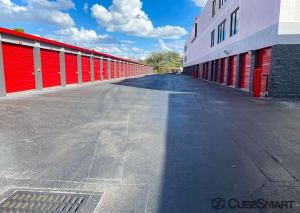 Image of CubeSmart Self Storage - Orlando - 7400 Colonial Dr. Facility on 7400 West Colonial Drive  in Orlando, FL - View 4
