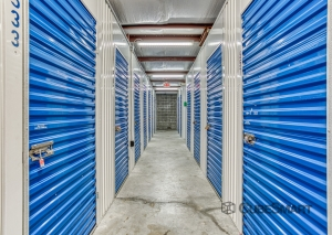 CubeSmart Self Storage - Tampa - 8119 Anderson Rd. - Photo 6