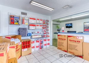 CubeSmart Self Storage - Tampa - 8119 Anderson Rd. - Photo 10