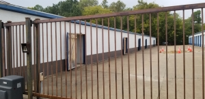 Image of Shipley Storage Facility on 504 North Glenwood Boulevard  in Tyler, TX - View 2