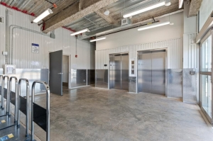 Life Storage - Hackensack - 320 South River Street - Photo 4
