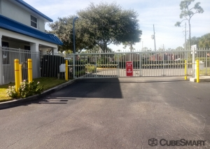 CubeSmart Self Storage - Winter Park - 965 S. Semoran Blvd. - Photo 9