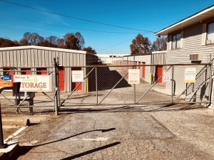 Image of Greenville Lock Storage - North Facility on 221 West Main Street  in Taylors, SC - View 2