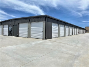Image of Bradley Storage Facility on 4225 Lincoln Plaza Drive  in Colorado Springs, CO - View 4