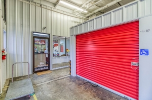 Image of Your Extra Closet - Grand Oaks Facility on 8 Industrial Park Drive  in Oxford, MS - View 3