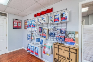 Image of Your Extra Closet - West Facility on 476 Mississippi 6  in Oxford, MS - View 3