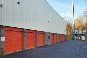 Image of Public Storage - Staten Island - 1107 Goethals Road North Facility on 1107 Goethals Road North  in Staten Island, NY - View 2