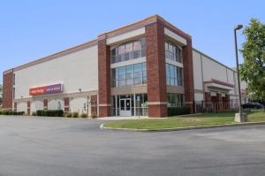 Image of Public Storage - Port Washington - 1 Seaview Blvd Facility at 1 Seaview Blvd  Port Washington, NY