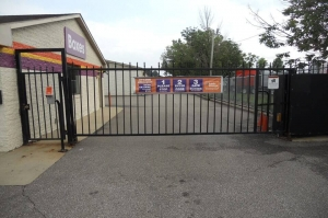 Public Storage - Parma - 11395 Brookpark Road - Photo 4