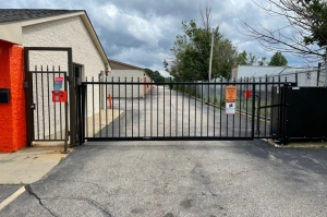 Image of Public Storage - Parma - 11395 Brookpark Road Facility on 11395 Brookpark Road  in Parma, OH - View 4