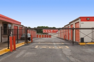 Public Storage - Columbia - 3034 Broad River Road - Photo 4