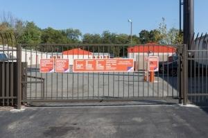 Image of Public Storage - Charlotte - 5748 N Tryon Street Facility on 5748 N Tryon Street  in Charlotte, NC - View 4