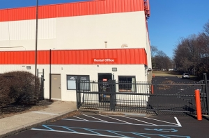 Image of Public Storage - Northport - 400 Fort Salonga Road Facility on 400 Fort Salonga Road  in Northport, NY - View 4