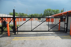 Image of Public Storage - Bedford Heights - 22800 Miles Road Facility on 22800 Miles Road  in Bedford Heights, OH - View 4
