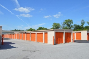 Image of Public Storage - Indianapolis - 50 Washington Pointe Drive Facility on 50 Washington Pointe Drive  in Indianapolis, IN - View 2