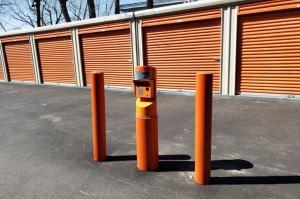 Image of Public Storage - Bronx - 875 Brush Ave Facility on 875 Brush Ave  in Bronx, NY - View 4