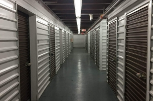 Image of Public Storage - Yonkers - 955 Saw Mill River Road Facility on 955 Saw Mill River Road  in Yonkers, NY - View 2
