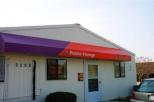 Public Storage - Greensboro - 3206 N OHenry Blvd