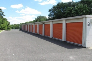 Image of Public Storage - Turnersville - 5900 Route 42 Facility on 5900 Route 42  in Turnersville, NJ - View 2