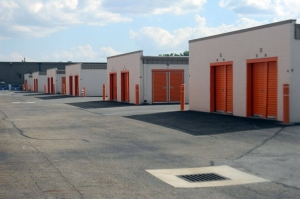 Image of Public Storage - Columbus - 6401 Busch Blvd Facility on 6401 Busch Blvd  in Columbus, OH - View 2