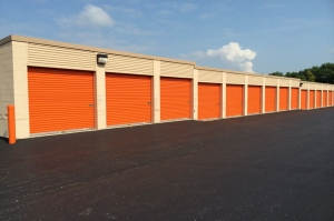 Public Storage - Indianapolis - 7430 Madison Ave - Photo 2