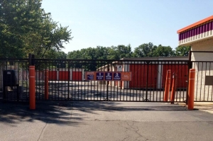 Image of Public Storage - Monsey - 185 Route 59 Facility on 185 Route 59  in Monsey, NY - View 4