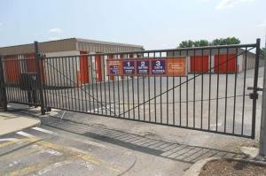 Image of Public Storage - Sharonville - 3677 E Kemper Road Facility on 3677 E Kemper Road  in Sharonville, OH - View 4