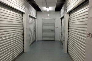 Public Storage - Indianapolis - 10 E County Line Road - Photo 2