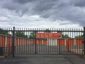 Public Storage - West Babylon - 821 Sunrise Hwy - Photo 2
