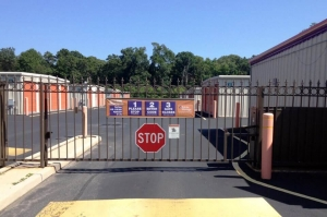 Image of Public Storage - Bayville - 939 Atlantic City Bl Facility on 939 Route 9  in Bayville, NJ - View 4