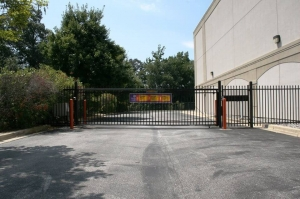 Image of Public Storage - Pasadena - 8190 Ritchie Hwy Facility on 8190 Ritchie Hwy  in Pasadena, MD - View 4