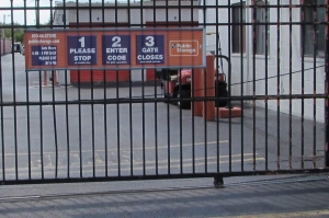 Image of Public Storage - New Castle - 3801 Dupont Parkway Facility on 3801 Dupont Parkway  in New Castle, DE - View 4