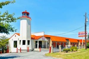 Image of Public Storage - Gaithersburg - 19900 Goshen Road Facility at 19900 Goshen Road  Gaithersburg, MD
