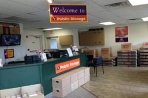 Image of Public Storage - Getzville - 2750 Millersport Hwy Facility on 2750 Millersport Hwy  in Getzville, NY - View 3