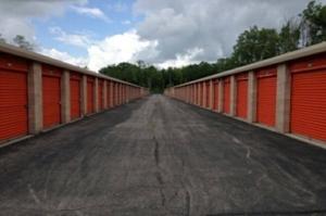 Image of Public Storage - Getzville - 2750 Millersport Hwy Facility on 2750 Millersport Hwy  in Getzville, NY - View 2