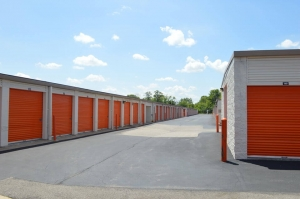 Image of Public Storage - Indianapolis - 5725 Georgetown Road Facility on 5725 Georgetown Road  in Indianapolis, IN - View 2