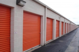 Image of Public Storage - Troy - 322 East Maple Road Facility on 322 East Maple Road  in Troy, MI - View 2