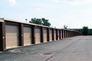 Image of Public Storage - Westland - 36001 Warren Rd Facility on 36001 Warren Rd  in Westland, MI - View 2