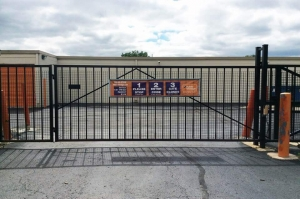 Image of Public Storage - Ann Arbor - 2500 S Industrial Hwy Facility on 2500 S Industrial Hwy  in Ann Arbor, MI - View 4
