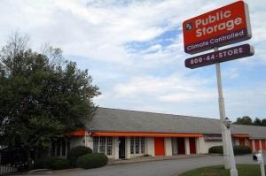 Image of Public Storage - Greenville - 2112 N Pleasantburg Drive Facility at 2112 N Pleasantburg Drive  Greenville, SC